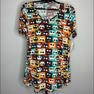 LulaRoe Small Disney Perfect T
